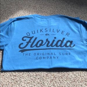 QuickSilver tee -  Small